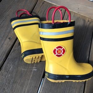 Used firefighter Rai boots